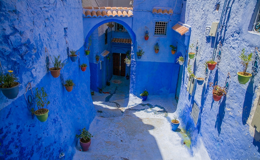 Discover the Imperial Cities & The Blue Chaouen and Desert 13 days / 12 nights
